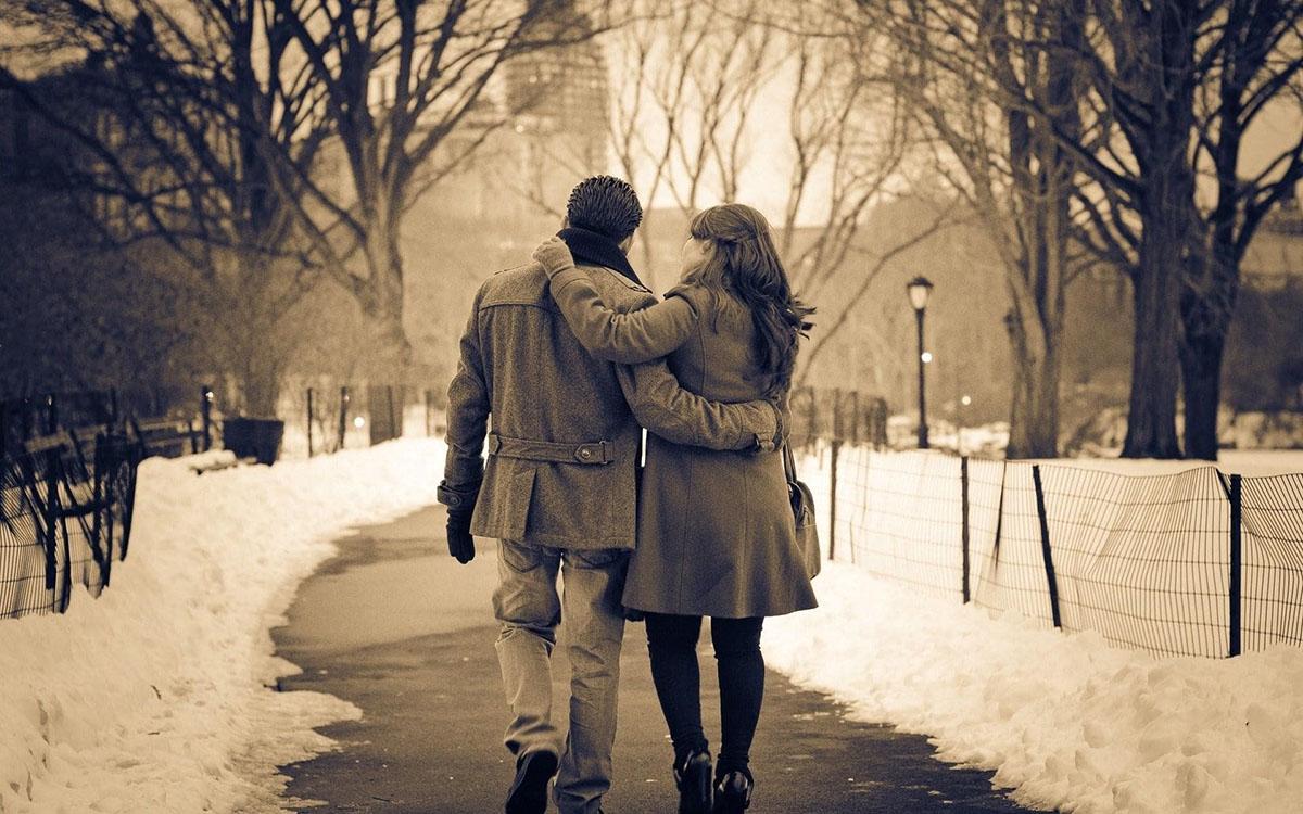 مشاور رابطه عاشقانه