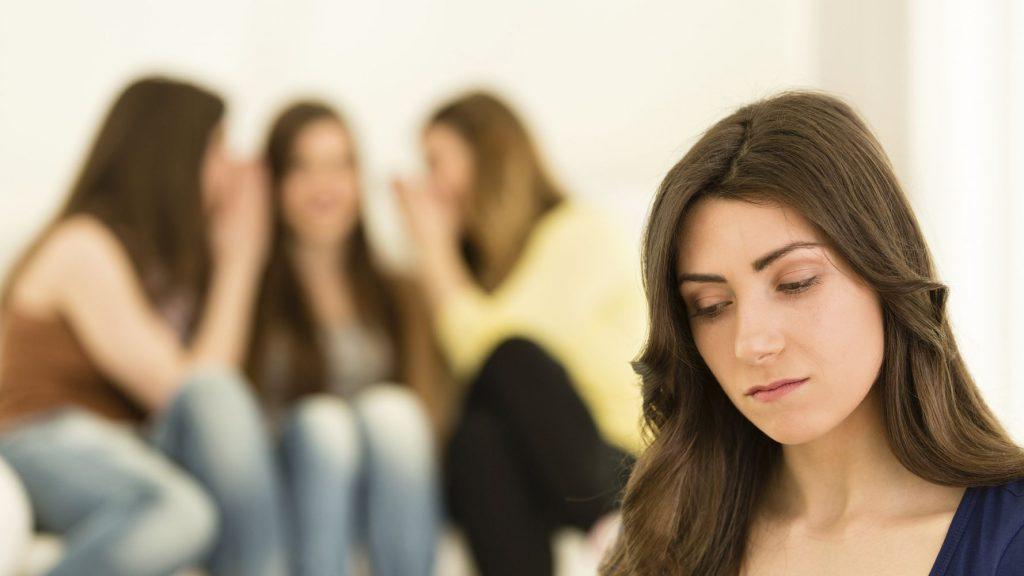 راه های دوری از اهمیت دادن به نظرات دیگران