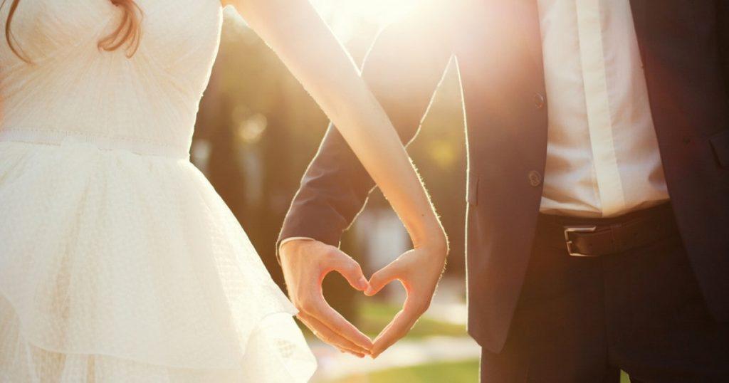 ازدواج در سن کم خوب است یا خیر؟