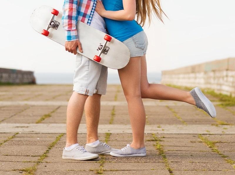 مشاوره و برخورد با نوجوانی که دوست دختر دارد