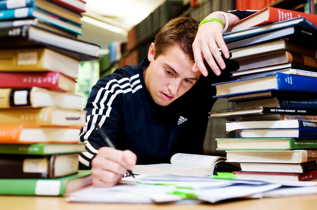 مشاوره مقابله با استرس تحصیلی