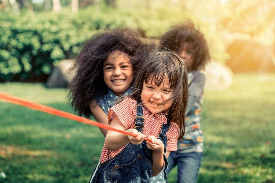 بازی با دوستان